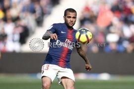 Dani Alves ingin bermain di Liga  Inggris