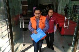 KPK perpanjang penahanan Bowo