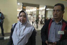 Istri: Mustofa kakinya sempat bengkak karena asam urat