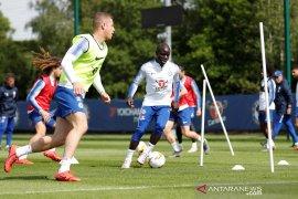 Final Liga Eropa, Chelsea terancam tanpa Kante