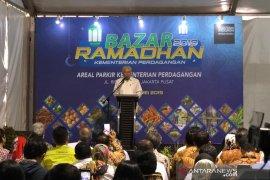 Kemendag menggelar Bazar Ramadhan jual sembako murah