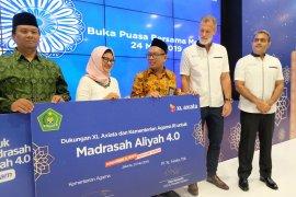 "XL Axiata-Kemenag luncurkan program ""Madrasah Aliyah 4.0"""