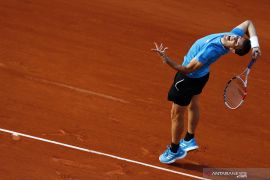 Thiem melaju ke semifinal keempat French Open