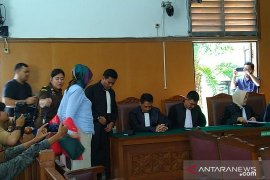 Ratna Sarumpaet  jalani sidang dengan agenda pembacaan tuntutan
