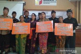 Bawaslu Bali berikan santunan untuk pengawas pemilu