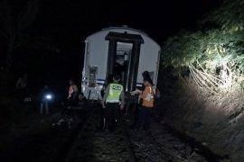 Kereta dari Solo tujuan Bandung anjlok di Nagreg