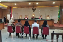 Bupati Bekasi nonaktif divonis 6 tahun penjara terlibat kasus Meikarta