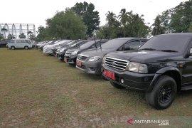 436 mobil dinas dikandangkan di rumah Gubernur Riau saat cut Lebaran