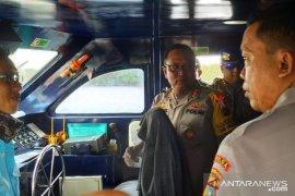 Polair Polda Babel periksa alat keselamatan kapal angkutan Lebaran
