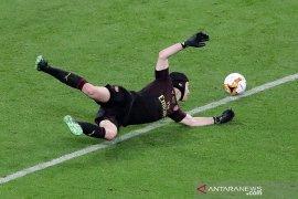 Chelsea daftarkan Petr Cech sebagai kiper darurat dalam skuat Liga Champions
