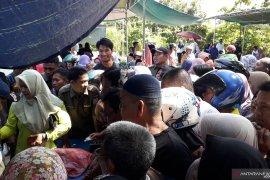 Pemkab Babar-Bulog gelar pasar murah di Muntok