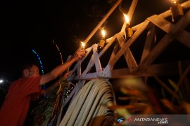 "Bupati Gorontalo berkomitmen lestarikan tradisi ""Tumbilotohe"""