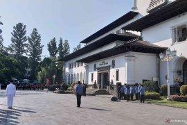 Insiden bendera jatuh terjadi saat upacara Hari Lahir Pancasila
