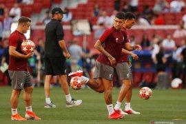 Susunan pemain,  Firmino dan Kane main sejak awal di final