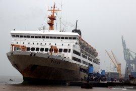 Penumpang kapal Pelni di Ambon turun tajam selama pandemi COVID -19