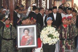 Bupati Gorontalo sebut ibu Ani Yudhoyono sosok inspiratif
