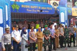 Gubernur dan Kapolda tinjau mudik di Bandara Sultan Thaha