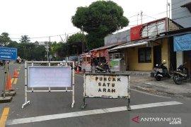 Jelang H-1 lalu lintas Puncak Bogor ramai lancar