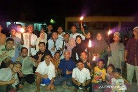 Pawai obor meriahkan takbiran di Desa Pagarawan