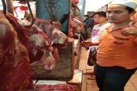 Harga daging di Bandarlampung menembus Rp150 ribu per kg