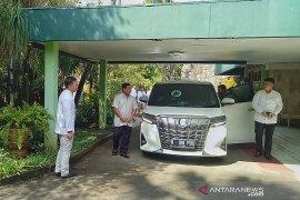 Prabowo disambut Mbak Tutut saat Lebaran ke Cendana