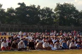 Khatib Shalat Id di Denpasar serukan persatuan pasca-Pemilu