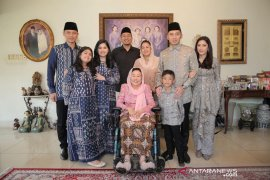 Putra SBY silaturahmi ke kediaman Sinta Nuriyah Wahid