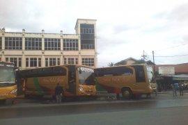 Penumpang bus antarprovinsi di Terminal KM-6 Kalsel lebih dominan
