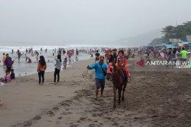 Balawista Sukabumi mempercepat waktu jaga wisatawan di Palabuhanratu
