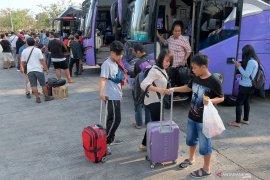H+3 Lebaran, 1.899 penumpang tiba di terminal Mengwi Badung