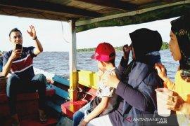Wisata susur Sungai Mentaya, Kalteng makin ramai saat libur Lebaran