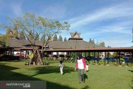 Wisatawan minati hotel nuansa alam di Berastagi