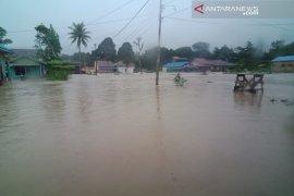 Kotabaru dikepung banjir akibat curah hujan deras