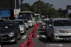 Jumlah kendaraan ke Puncak Bogor lebih dominan meski sudah musim arus balik