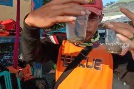 92 orang wisatawan jadi korban sengatan ubur-ubur di objek wisata laut Sukabumi