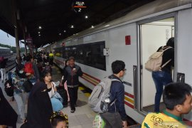 Daop 7 Madiun antisipasi lonjakan penumpang saat Natal dan tahun baru