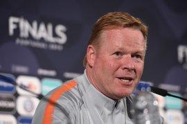 Pelatih Belanda Ronald Koeman diperkirakan bisa tinggalkan rumah sakit