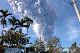 Gunung Sinabung di Karo kembali erupsi
