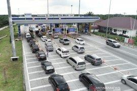 Arus balik, begini penampakan lalu lintas di jalan tol Medan-Binjai