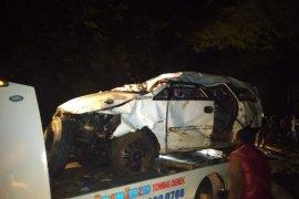 Mobil masuk jurang di Batang Agam, dua korban belum ditemukan