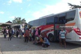 Penumpang arus balik Lebaran di Terminal Ngawi masih ramai