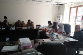 DPRD Maluku belum tahu alasan tidak dicairkan dana Bosda