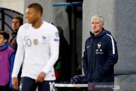 Deschamps menilai harusnya Prancis bisa cetak lebih banyak gol