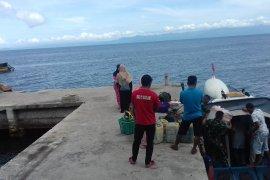 Arus balik di pelabuhan armada semut Ternate  lancar