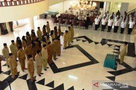 Bupati Tapsel lantik sejumlah pengawas dan kepala sekolah