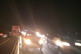 Kecelakaan beruntun libatkan lima mobil di Tol Japek