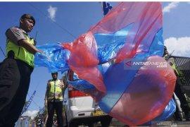 Cegah warga terbangkan balon udara, polisi Trenggalek gelar razia