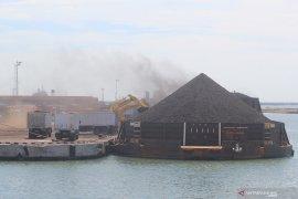 Harga batu bara turun 3,49 persen akibat pandemi