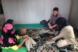 IRT di Jambi manfaatkan kekayaan dari alam jadi kerajinan