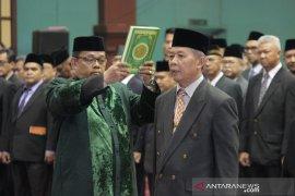 Ade Yasin rombak susunan pejabat Pemkab Bogor